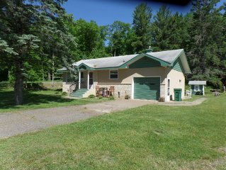 Cozy Cabin Close to several 'Brainerd Lakes' attractions -Good Fishing & Boatin