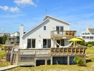 OCEANFRONT OASIS! FEATURING 3 BEDROOMS, WIFI, SUPER OCEAN VIEWS AND HOT TUB!!