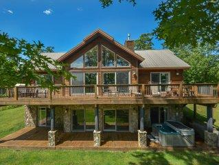 Luxurious 5 Bedroom Mountain Chalet in prestigious community!