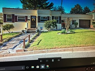 Easy Walking Distance To Downtown 'Mayberry' (Mount Airy) NC