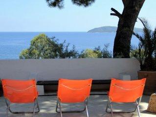 ILE de SKIATHOS - Belle villa à 50 mètres de la plage PROMOTION DU 27/06 AU 6/07