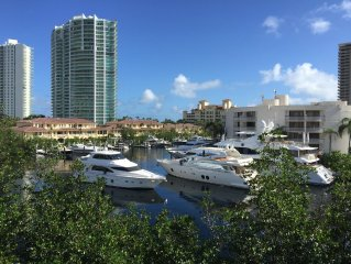 Stunning views over the Bay Marina in Aventura Turnberry
