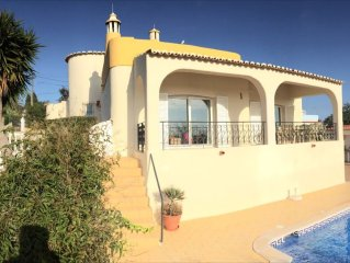 3 Bed Villa. Heated pool. AirCon. Free Wifi. Tennis Court. 800m walk from beach.