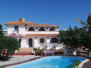Flic En Flac: Luxueuse villa dans quartier calme et residentiel