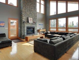Rockies Rentals: Spectacular Home w/ Indoor Rock Climbing Wall; 4 bdrms/4.5 bath