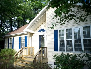 Charming, family-friendly, beach-town cottage