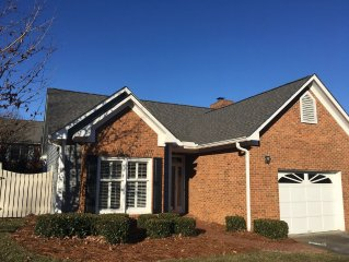 Near Wake Forest University, high ceilings, lovely 4 bedroom 3 bath
