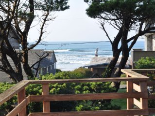 Seagull Landing-Deck overlooks ocean waves-200 ft to beach and tidepools