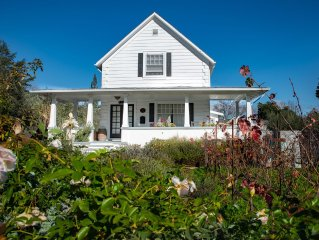 Renovated Historic Farm House with Vineyard in Downtown Saint Helena!