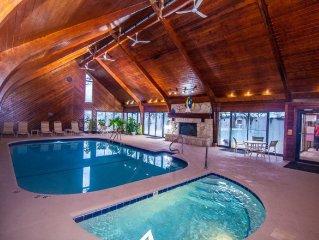 ThE BEST LAKEFRONT Big Water View Ground Floor  INDOOR/Outdoor Pool FREE WiFi