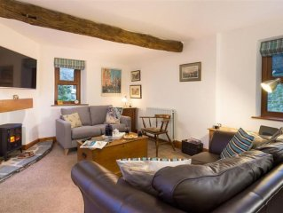 Recently Renovated Luxury Riverside Apartment in Grasmere