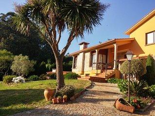 Preciosa casa rústica para 8 personas a 5 min. de Sanxenxo. Calefacción biomasa