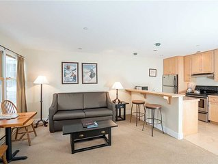 1-bedroom Mountainside Inn Suite with fireplace