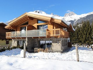 Very spacious Chalet, tastefully decorated with its own spa