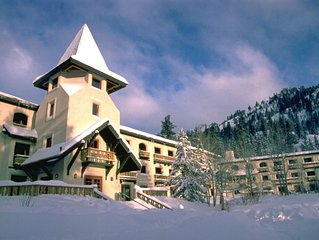 Squaw Valley, Walk or Shuttle to Lifts & Village, Great Amenities