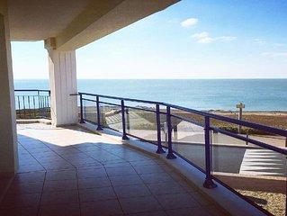 Spacieux T3 avec terrasse face mer wifi ascenseur 4-5 personnes