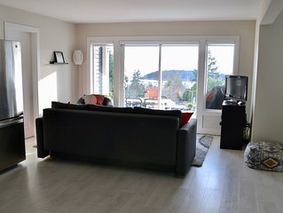 New! Modern, Ocean View, 2-bedroom Suite - Sechelt, Bc