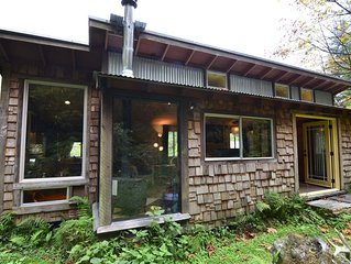 Upscale & Authentic: Stone Lagoon Cabin-Gaze at Wild Elk, Hike to Beach