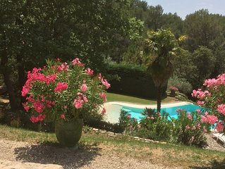 Provencal villa located in the woods and vineyards on a large plot