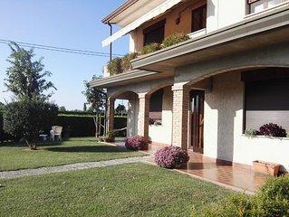Veneto: strategico  - casa con giardino