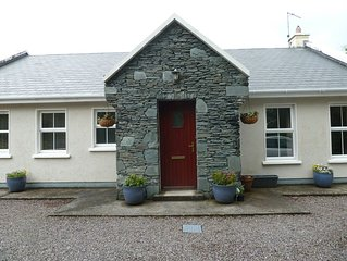 Rural getaway in picturesque Caragh Lake, great for sightseeing & activities