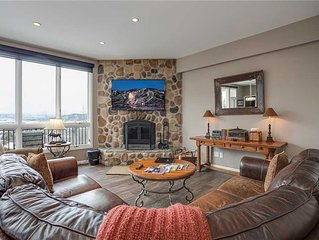 SL300 by Pioneer Ridge: Updated Modern Penthouse ~ Mountain & Valley Views ~ Poo