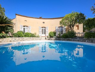 Authentic Provencal Villa, Sweeping Views of the French Riviera