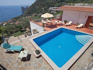 Bellissima Casa Imma con piscina privata in terrazza panoramica