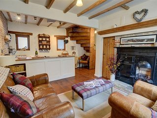 Doris Cottage - Two Bedroom Cottage, Sleeps 4