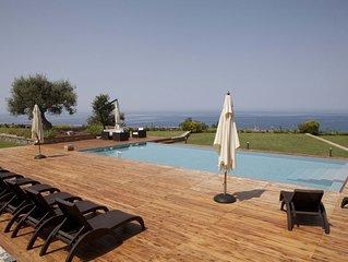 Villa Mediterraneo: Luxury Villa Rental in Calabria