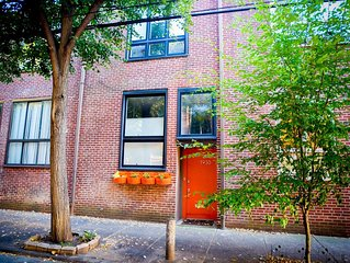 Modern Row Home on Beautiful Tree-Lined Street - Parking - NEW Movie Projector!