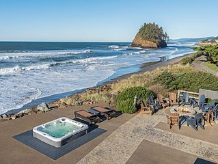Luxury Ocean Front. 9 Bdrm, 7 bth. 7400 sq/ft. Theater room, game rm, hot tub,