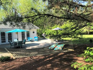 Peaceful Cottage Retreat near Shawnee National Forest