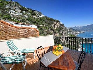 Villa avec une vue magnifique sur la mer et la cote d' Amalfi-PARKING