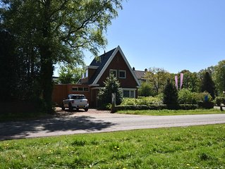Detached holiday home within walking distance of the IJsselmeer & Rijsterbos