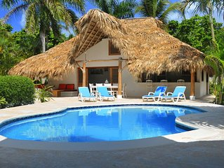 Nice Caribbean Style Villa , 1300m2 Property With A Private Swimming Pool.