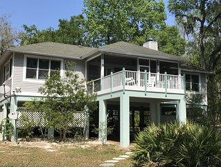 Luxury Suwannee Riverfront (up to)4 Bed/4 Bath Home in Secluded Park Like Setti