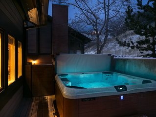�Nov-Dec❄️ SPECIAL Canyon Racquet remodel w/Private HOT TUB on huge deck