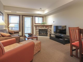 One Bedroom King Suite Condo. Hot tub, pool, etc. at Silver Rock