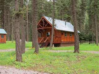 Hideaway Cabin. Outstanding Fishing, Hiking, Biking And Hunting Opportunities.