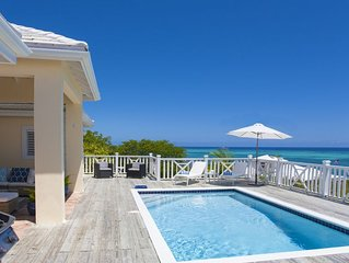 White Osprey: Spectacular views from every room and pool overlooking the ocean