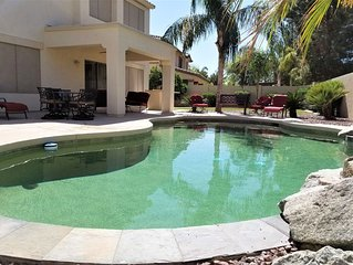Huge Home Sleeps 20 + Heated Community Pool