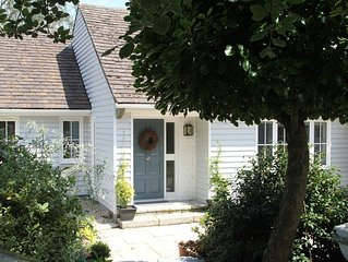 Stylish Four Bedroom Clapboard Cottage in Picturesque Helford