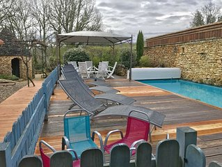 Piscine chauffée - 12 pers. dont 8 adultes Maxi. Charme. Espace. Nature. WIFI