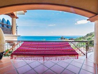 Large 3 BR Condo, Incredible Views, Award-winning Beach, Family Friendly