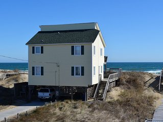Ocean Front, WIFI ,  Away from the crowds but close to Restaurants and Shopping