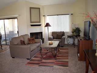 Beautiful SW Vegas Condo - 3 miles from the Strip