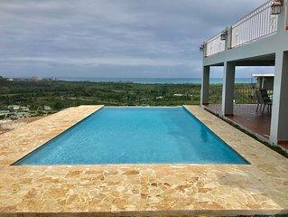 Hacienda Margarita—Private Infinity Pool, Amazing Views, Large Home