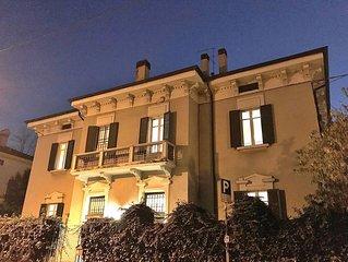 Villa Camilla - 10 sleeps, renovated Art Nouveau villa - Verona City