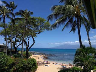 Napili Bay Resort #210 - Beachfront Corner Unit - Ocean View - Wi-Fi
